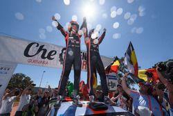 Les vainqueurs Thierry Neuville, Nicolas Gilsoul, Hyundai i20 Coupe WRC, Hyundai Motorsport