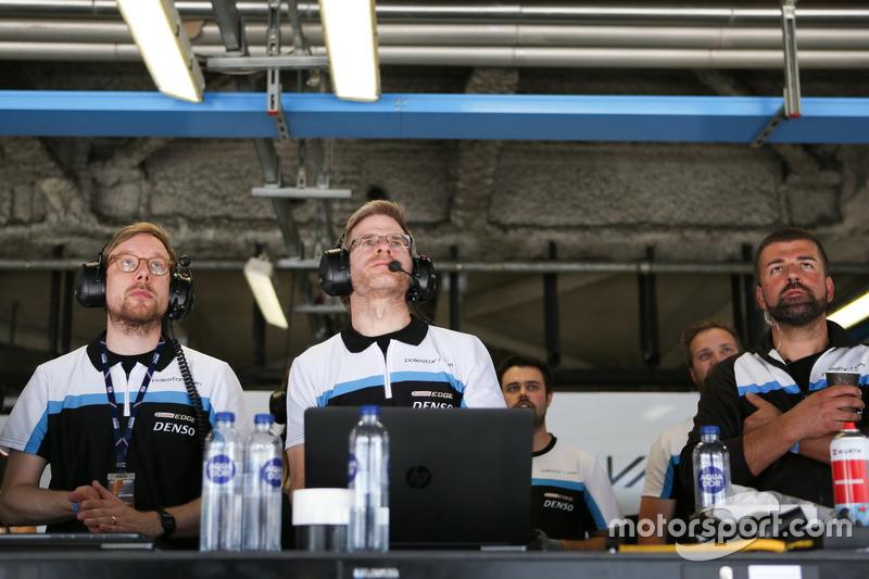 Team of Polestar Cyan Racing