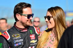 Kurt Busch, Stewart-Haas Racing Chevrolet with Ashley Van Metre