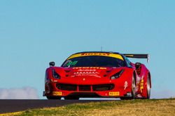 #88 Maranello Motorsport Ferrari 488 GT3: Peter Edwards, Graham Smyth