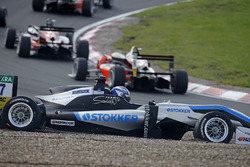 Ральф Арон, Hitech Grand Prix, Dallara F317 – Mercedes-Benz
