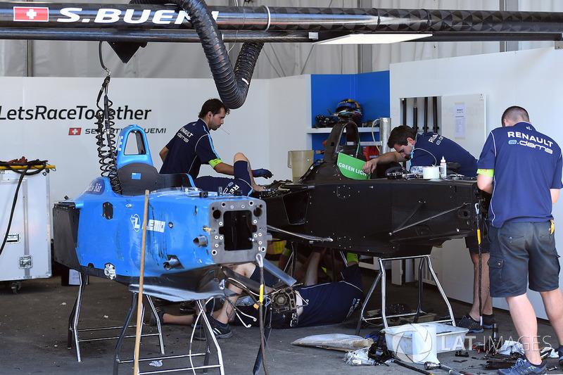 Renault eDams mecánica trabajan en la construcción de un auto nuevo para Sébastien Buemi, Renault e.Dams