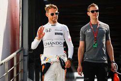 Jenson Button, McLaren, mit Fitnesstrainer Mike Collier