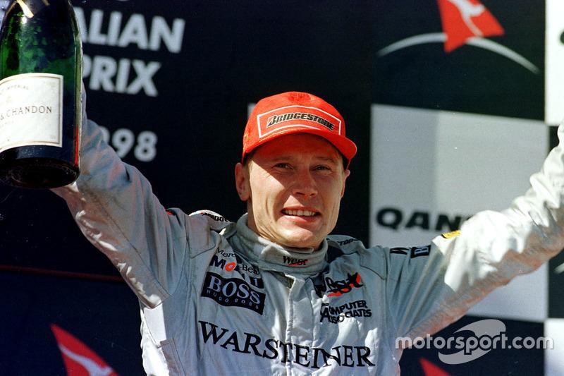 ...ganó la siguiente carrera, la del GP de Australia 1998...