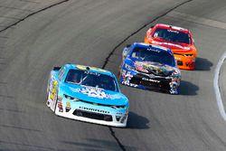 Daniel Hemric, Richard Childress Racing Chevrolet, Matt Tifft, Joe Gibbs Racing Toyota