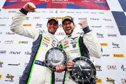 Winners #31 Team Parker Racing Bentley Continental GT3: Rick Parfitt, Seb Morris