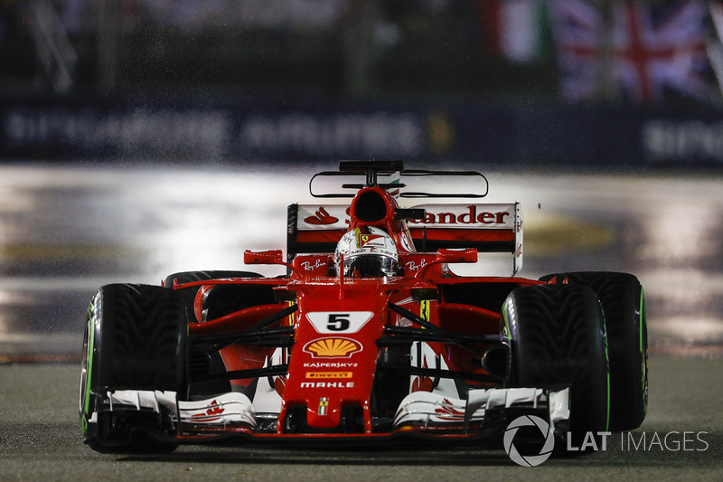 Sebastian Vettel, Ferrari SF70H, on the formation lap