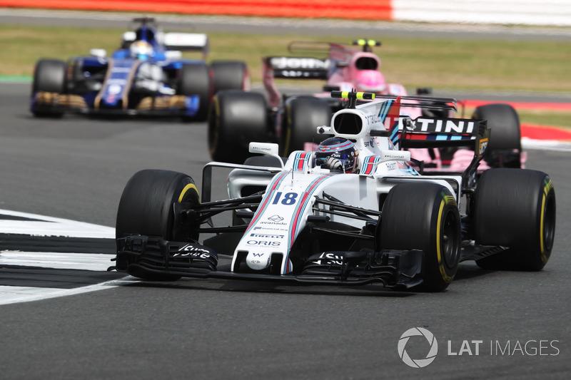 Lance Stroll, Williams FW40, Esteban Ocon, Sahara Force India F1 VJM10 and Marcus Ericsson, Sauber C36