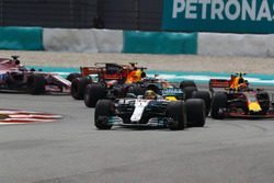 Lewis Hamilton, Mercedes AMG F1 W08, Max Verstappen, Red Bull Racing RB13, Daniel Ricciardo, Red Bull Racing RB13, Stoffel Vandoorne, McLaren MCL32, Sergio Perez, Sahara Force India F1 VJM10, at the start