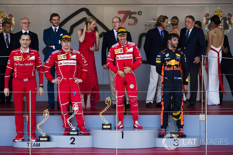 Mónaco 2017: primera victoria con Ferrari en Mónaco, sobre Raikkonen.