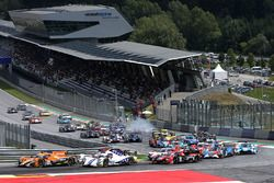 #22 G-Drive Racing, Oreca 07 - Gibson: Memo Rojas, Nicolas Minassian, Leo Roussel leads at the start
