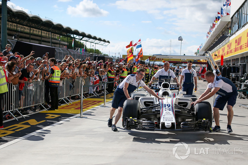 Механіки Williams, Williams FW40