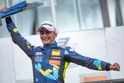 Podium: Race winner Ferdinand Habsburg, Carlin, Dallara F317 - Volkswagen