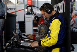 Chevrolet-Ingenieur für Will Power, Team Penske, Chevrolet