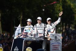 Ерл Бембер, Брендон Хартлі, Тімо Бернхард, Porsche Team