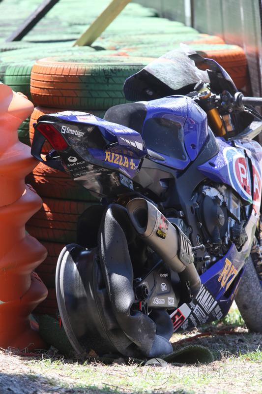 Bike von Michael van der Mark, Pata Yamaha, nach Sturz