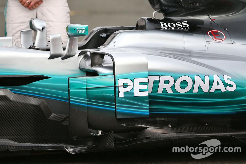 Mercedes AMG F1 W08, il bargeboard