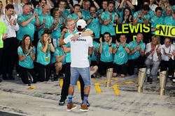 Lewis Hamilton, Mercedes AMG F1 celebrates with Thomas Weber, Member of the Board of Management of Daimler AG and the team