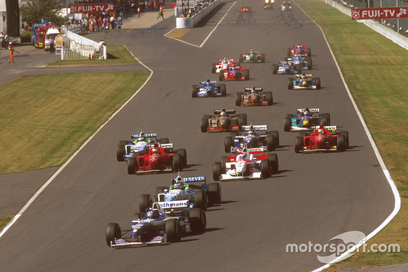 Start, Damon Hill, Williams FW18 Renault ve Gerhard Berger, Benetton B196 Renault