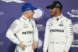 Pole man Valtteri Bottas, Mercedes AMG F1, Lewis Hamilton, Mercedes AMG F1