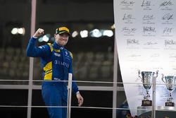 Podium : le vainqueur Oliver Rowland, DAMS (disqualifié)