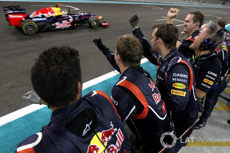 5. Sebastian Vettel, Red Bull Racing: del 24º al 3º en el GP de Abu Dhabi 2012