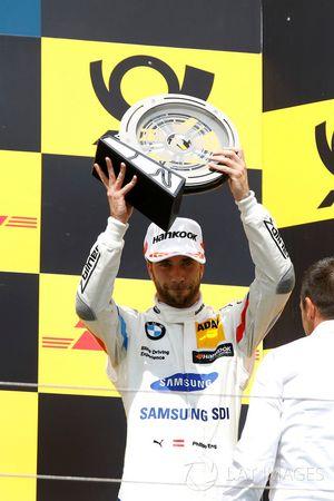 Podio: tercer puesto Philipp Eng, BMW Team RBM