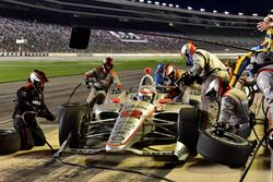 Will Power, Team Penske Chevrolet, pit stop, crew