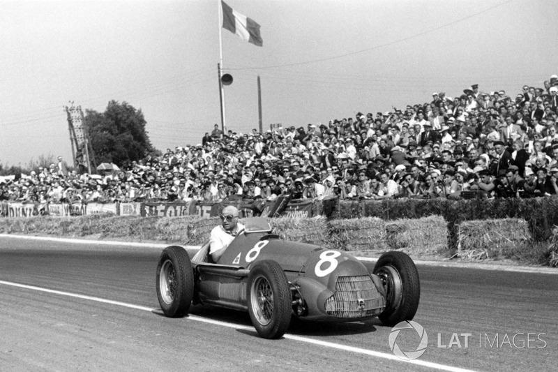 1951: 8 carreras – Campeón: Juan Manuel Fangio