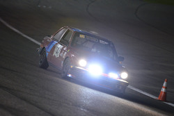 #147 MP3B BMW 325i: Gilberto Pinzon, Javier Pinzon, William Corredor, Carlos Corridor of Bucket List Racing