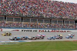 Parker Kligerman, Henderson Motorsports Toyota Christopher Bell, Kyle Busch Motorsports Toyota Grant