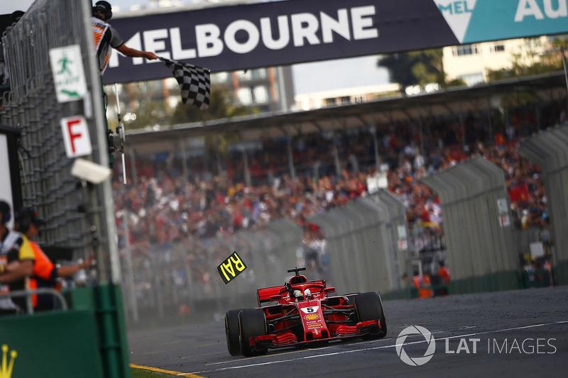 Победа в Австралии стала для Феттеля 48-й в карьере и 230-й в истории Ferrari, которая проводила в минувший уик-энд свой 950-й Гран При