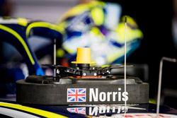 The steering wheel of Lando Norris, Carlin