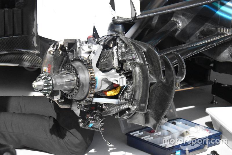 Mercedes AMG F1 W09 front brake detail