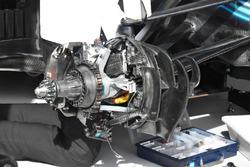 Detalle del freno delantero del Mercedes AMG F1 W09
