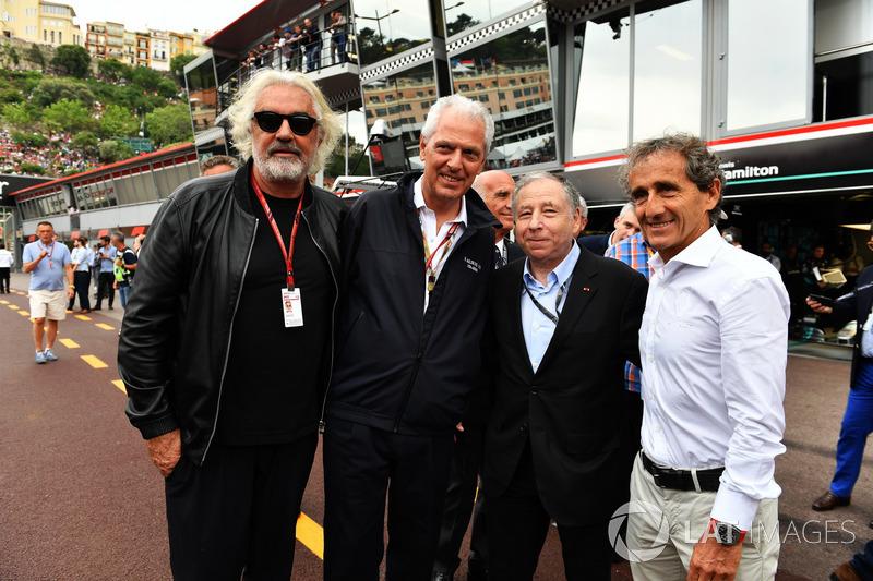 Flavio Briatore, Jerome Stoll, Director de Renault Sport F1, Jean Todt, Presidente de la FIA y Alain Prost, Asesor especial del equipo Renault Sport F1