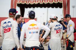 Brendon Hartley, Scuderia Toro Rosso, Daniel Ricciardo, Red Bull Racing, Pierre Gasly, Scuderia Toro