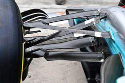 Mercedes-Benz F1 W08, dettaglio della sospensione anteriore
