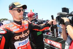 Chaz Davies, Aruba.it Racing-Ducati SBK Team, festeggia