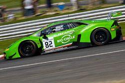 #82 GRT Grasser Racing Team Lamborghini Huracan GT3: Loris Hezemans, Franck Perera