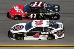 Kevin Harvick, Stewart-Haas Racing Ford Fusion Kurt Busch, Stewart-Haas Racing Ford Fusion