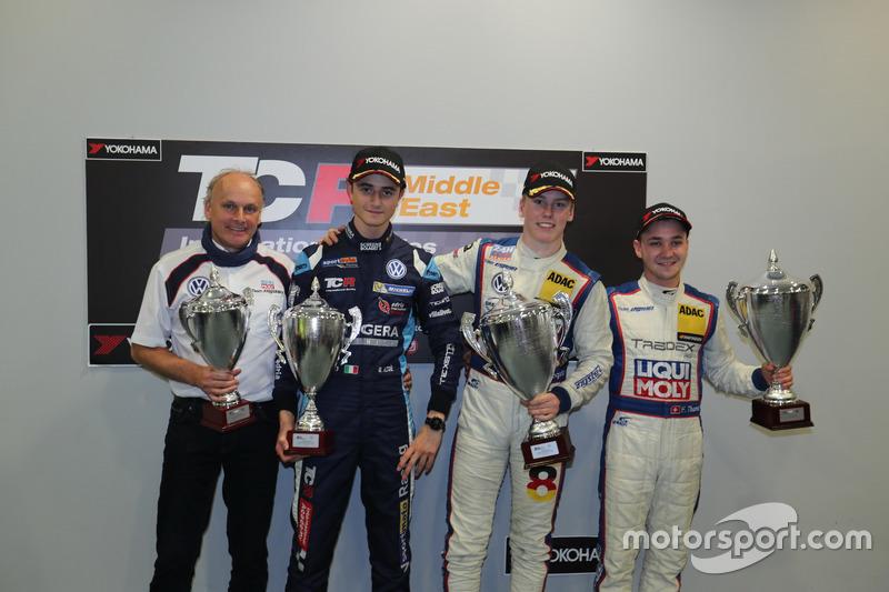 Podio: Franz Engstler, il terzo classificato Giacomo Altoè, il vincitore della gara Luca Engstler, i