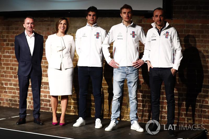 Paddy Lowe, Claire Williams, Lance Stroll, Sergey Sirotkin e Robert Kubica sul palco durante la presentazione della FW41