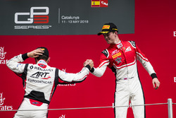 Derde Callum Ilott, ART Grand Prix, tweede Anthoine Hubert, ART Grand Prix