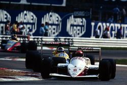 Eddie Cheever, Arrows A10B; Jean Louis Schlesser, Williams FW12