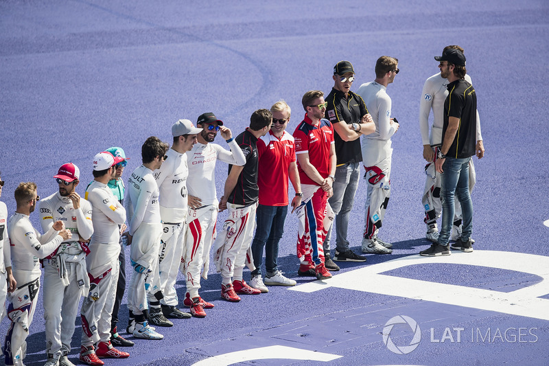 Drivers line up