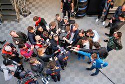 Daniel Ricciardo, Red Bull Racing with medias