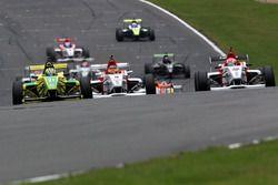 Gaetano di Mauro, PetroBall Racing, Struan Moore, Lanan Racing and Arjun Maini, Lanan Racing