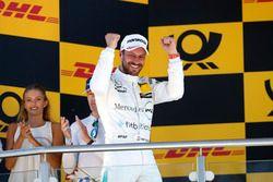 Podium: Race winner Gary Paffett Mercedes-AMG Team HWA