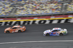 Daniel Suarez, Joe Gibbs Racing, Toyota Camry ARRIS, A.J. Allmendinger, JTG Daugherty Racing, Chevrolet Camaro Kroger ClickList